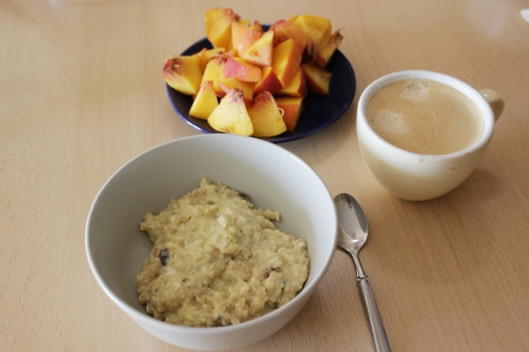 oatmeal with peach